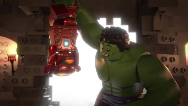 image lego marvel Reassembled  super heros avengers ensemble disney