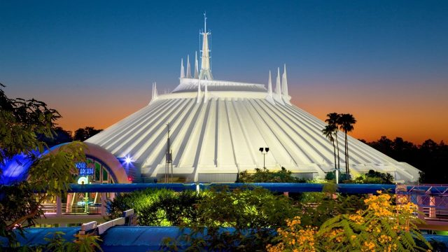 image coulisses attractions behind disney